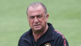 Fatih Terim'in cezası 3 maça düşürüldü