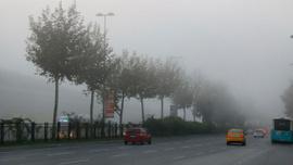 İstanbul sise uyandı! Görüş mesafesi 10 metreye kadar düştü