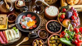 Kahvaltıda tüketmemiz gereken 9 sağlıklı besin