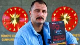 Cumhurbaşkanı Erdoğan'ın koruması cinayet romanı yazdı
