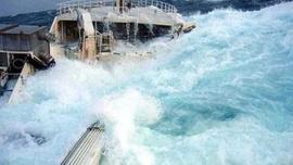Dev dalgalarla ölümcül mücadele