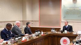 Bakan Akar ABD'nin Suriye temsilcisi James Jeffrey'i kabul etti