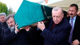 """Erdoğan, """"Abimiz"""" dediği Alaaddin Şahin'in cenazesine katıldı"""