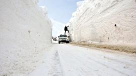 Burası Sibirya değil Türkiye! İşte kar kalınlığının 6 metre.