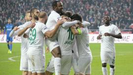 Nefes kesen maçta son sözü Konyaspor söyledi