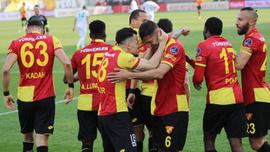 İzmir'de müthiş düello! 5 gol, 1 kırmızı kart...