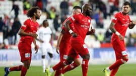 Antalyaspor sahasında farklı galip