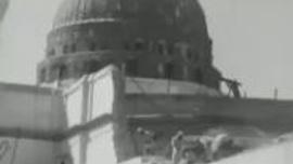 Mescid'i Nebevi'nin tadilat yapıldığı zamana ait bir video