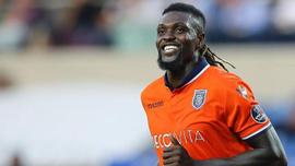 Süper Lig'de Emmanuel Adebayor bombası