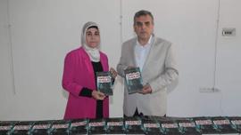 Kamile Özdemir'in 'Kanatsız Uçanlar' kitabı raflardaki yerini aldı