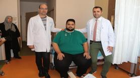 230 kiloluk hastaya ameliyat