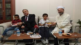 Diyanet İşleri Başkanı Erbaş, din görevlisinin evine misafir oldu