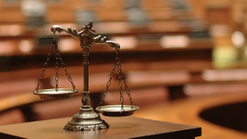 AK Parti, yargı paketi taslak metnini CHP'ye sundu