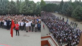 Bin 380 öğrenci aynı anda asker selamı vererek, Barış Pınarı'na destek