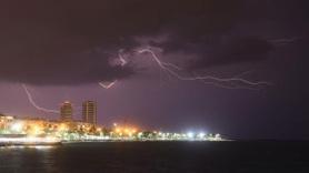 Meteoroloji uyarmıştı! Şehir aydınlandı