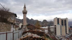 Cami 3. kez restore ediliyor, minaresi ise 6 asırdır ayakta