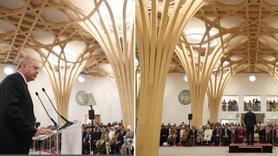 İngiltere'deki cami açılışında skandal