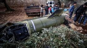 Esed rejimi İdlib'de okulu vurdu 4'ü çocuk 8 ölü