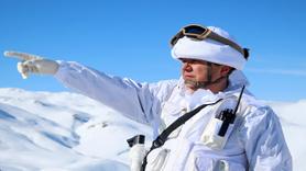 Jandarma Komando Timleri adım adım terörist avında