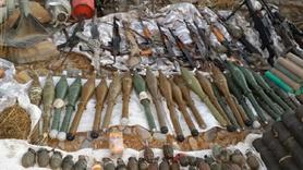 PKK cephaneliğinde bulunan dikkat çeken silah