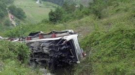 Katliam gibi kaza: 30 ölü, 50 yaralı