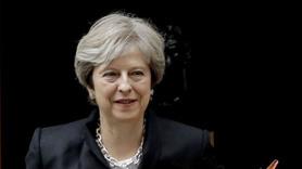 Theresa May: Top AB'nin bahçesinde