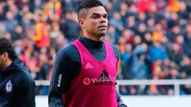 Durumu belli oldu... Pepe Galatasaray derbisinde oynayacak mı?