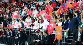 AK Parti kongresi bu sloganlarla başladı