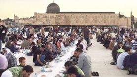 Aksa'nın iftarları Türkiye'den