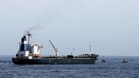Kızıldeniz'de petrol tankerine roketli saldırı