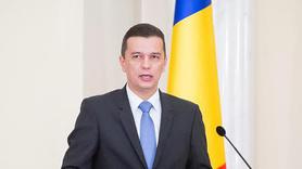 Romanya'da hükümet düşürüldü!