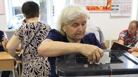 Arnavutluk'taki genel seçimde oy kullanma işlemi sona erdi