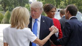 """Trump Paris'te oğlunu savundu: """"Oğlum harika bir genç adam"""""""