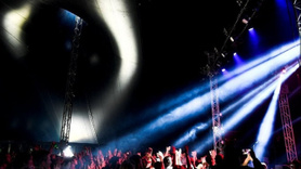 Bu konsere erkek giremez!