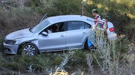 Otomobil köprüden uçtu: 4 yaralı