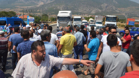 Fatmaana kazada öldü mahalleli yolu kapattı