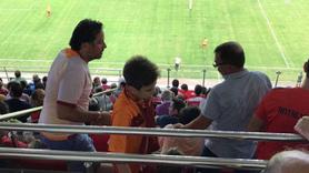 Galatasaray küçük taraftarına sahip çıktı!