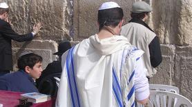 Yahudi mezalimi (28)  Allah Yahudilerin oynunu bozdu