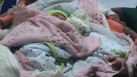 Yeni yılın ilk bebeği cami avlusuna terk edildi