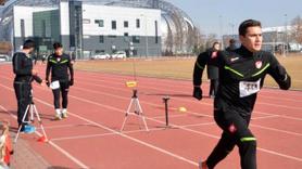 Futbol hakemleri atletik testten geçti