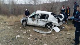 Cenaze yolunda kaza: 2 ölü, 3 yaralı
