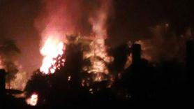 Arakan'da Müslümanlara ait evler yakılmaya devam ediliyor