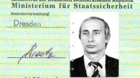 Putin'in ajan kimlik kartı ortaya çıktı