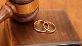 21 yıllık eşine boşanma davası açan adam hayatının şokunu yaşadı