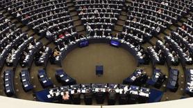 Türkiye'ye küstah çağrı... Avrupa Parlamentosu'nda YPG skandalı
