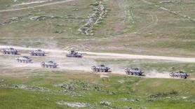 Türkiye ve Azerbaycan'dan nefes kesen tatbikat