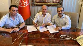 Mustafa Denizli'den sürpriz imza! İşte yeni takımı