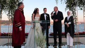 Başkan Erdoğan, Mesut Özil'in nikah şahidi oldu