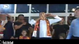 Falcao Galatasaray taraftarına 3'lü çektirdi!