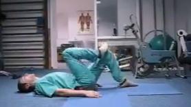 Bel ağrısı çekenler için yapılması gereken egzersizler